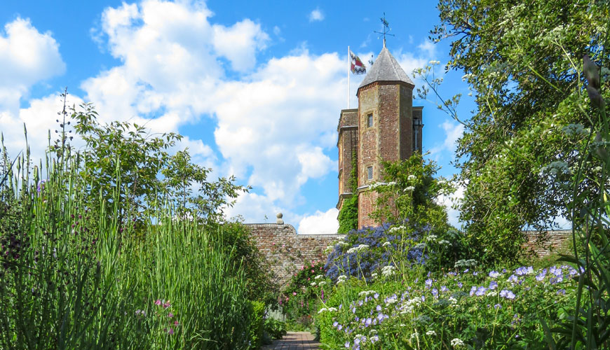 Una veduta della Tower, Sissinghurst Castle Garden