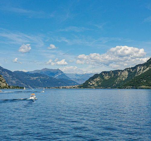 Lago di Como dalla città di Lecco